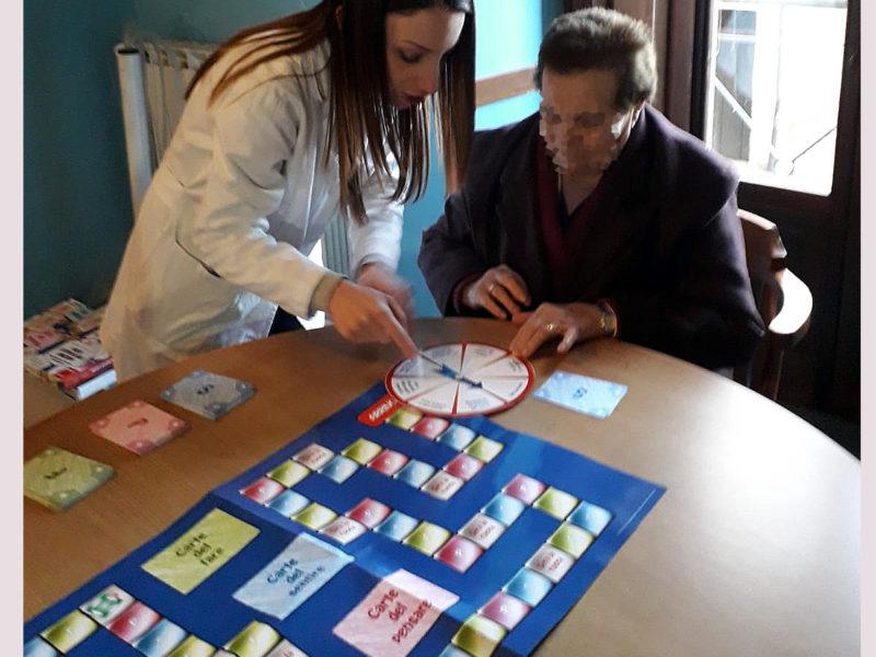 Stimolazione cognitiva attraverso i giochi da tavolo